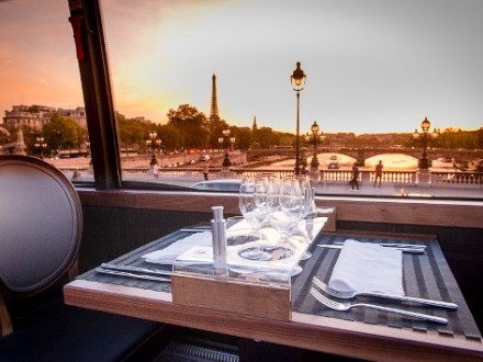 Gastronomic bus tour paris