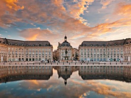 Exclusive Private Bordeaux walking Tour